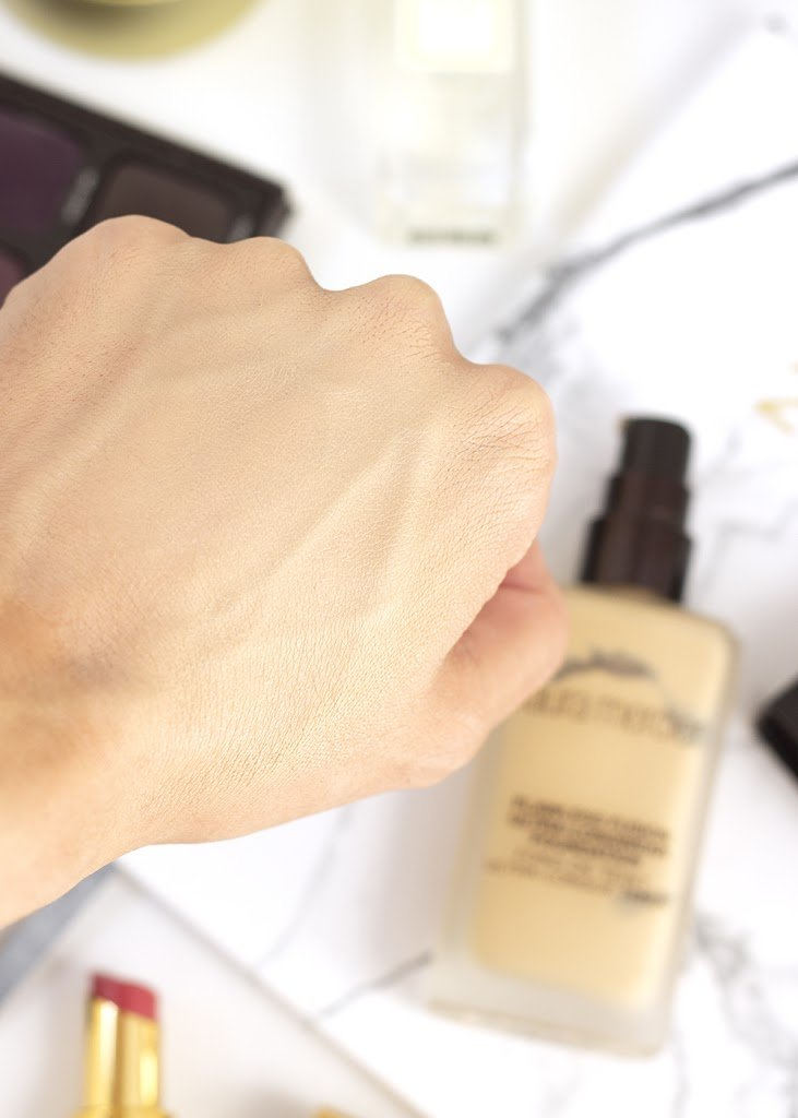 Laura Mercier Flawless Fusion Foundation Blended Swatch