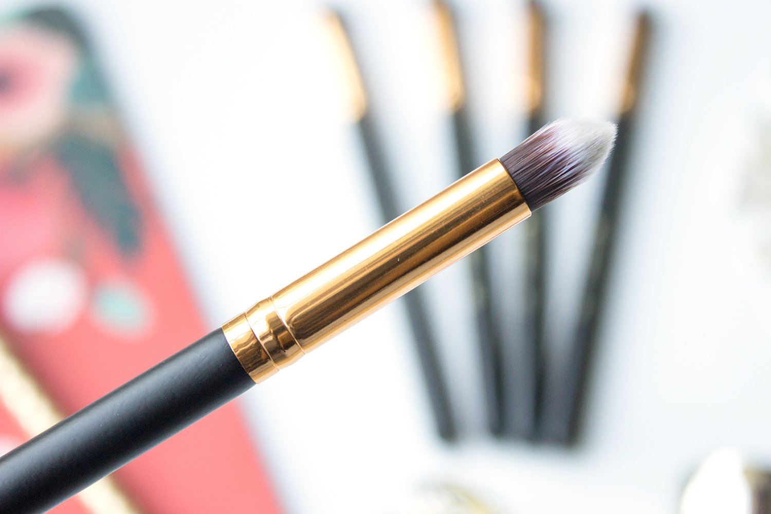 5c9d63a55c8a0 118 Small Tapered Contouring Face Brush. The super fine tip on this brush  makes it great for anywhere you want very precise application of a product.