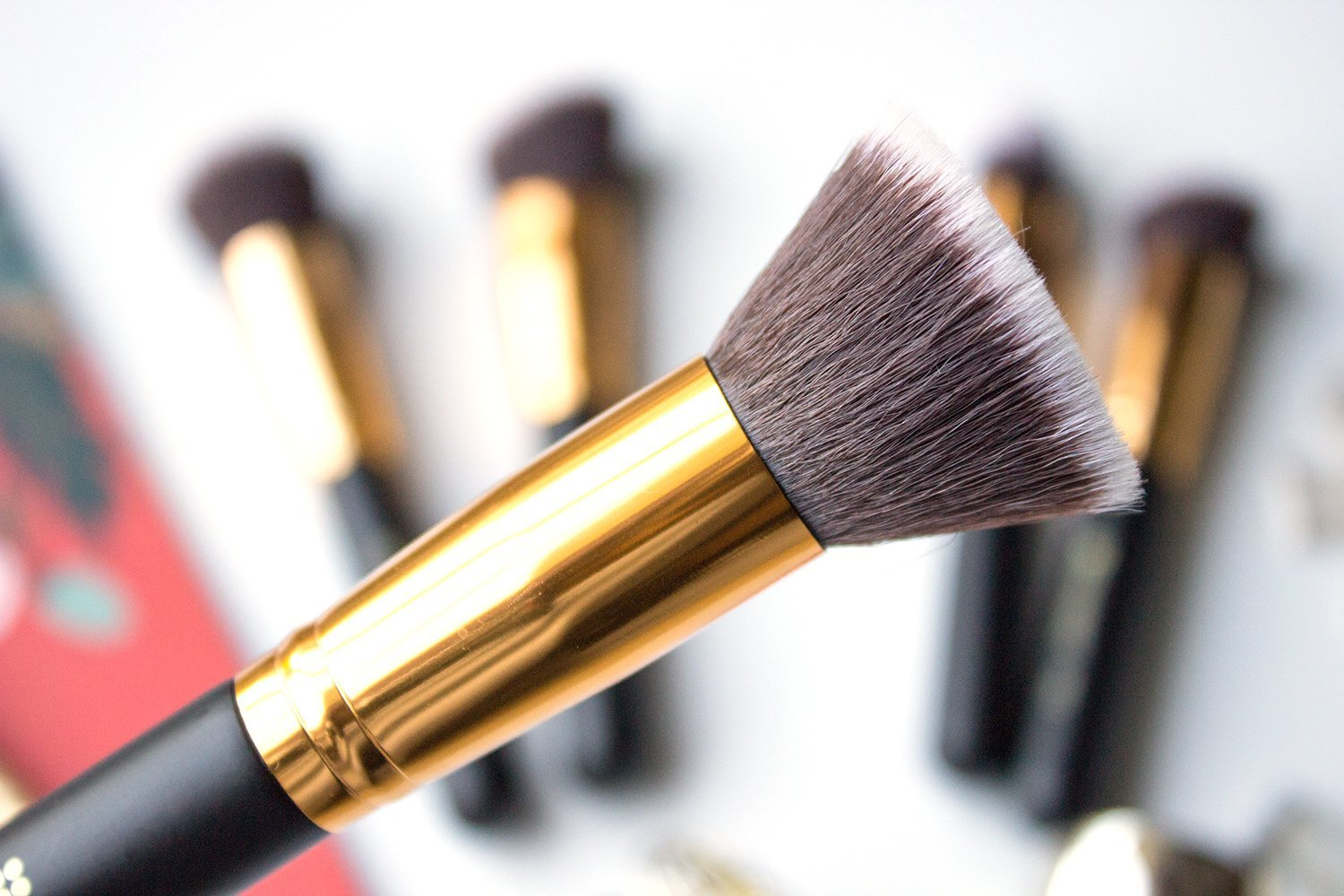 fc2d53b9e9c9a 116 Flat Blending Face Brush. So far I ve been loving using this brush to  apply cream blushes. I ll dab the brush directly in the pan to pick up the  product ...