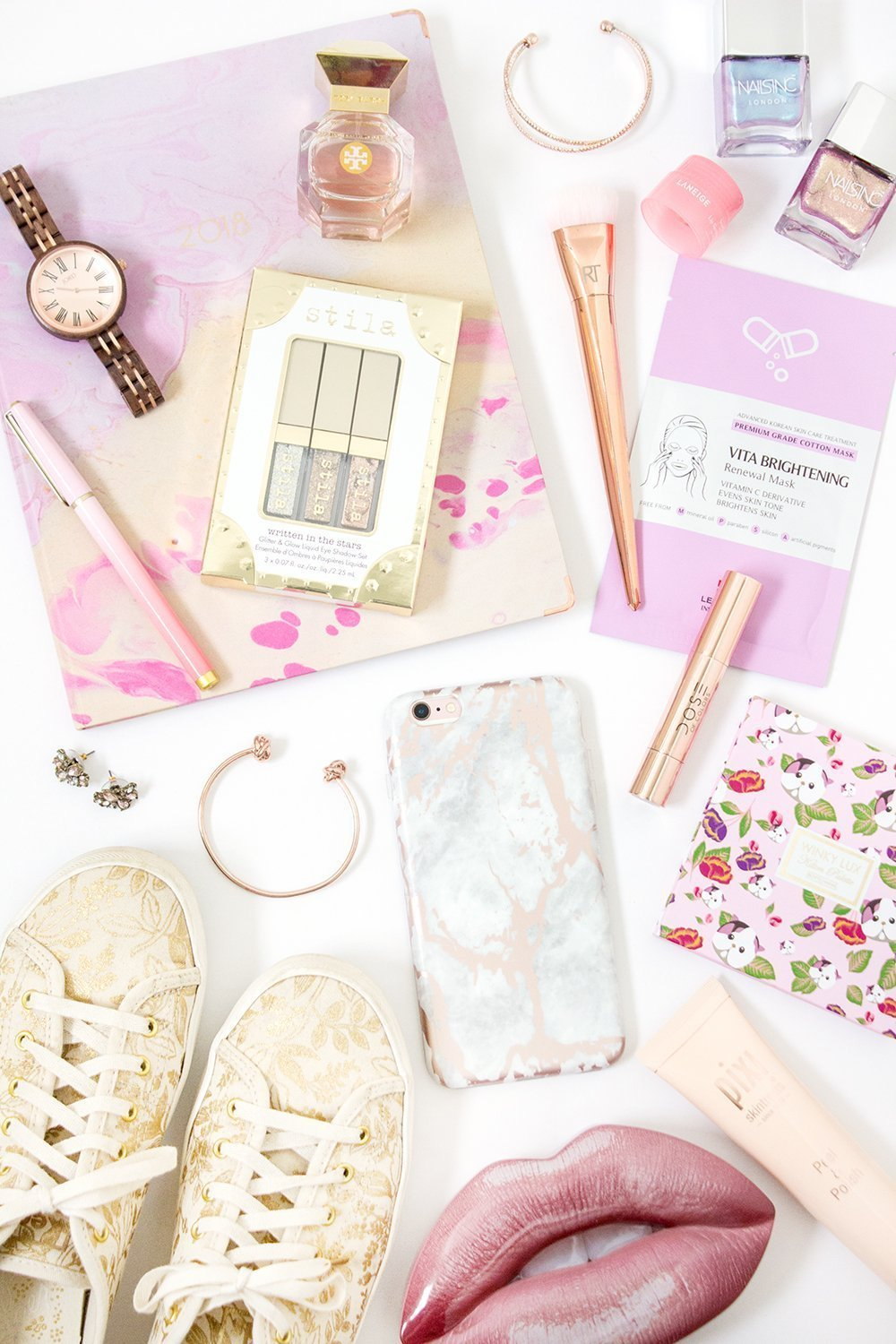 The Ultimate Girly Gift Guide: Pink & Pretty Things for