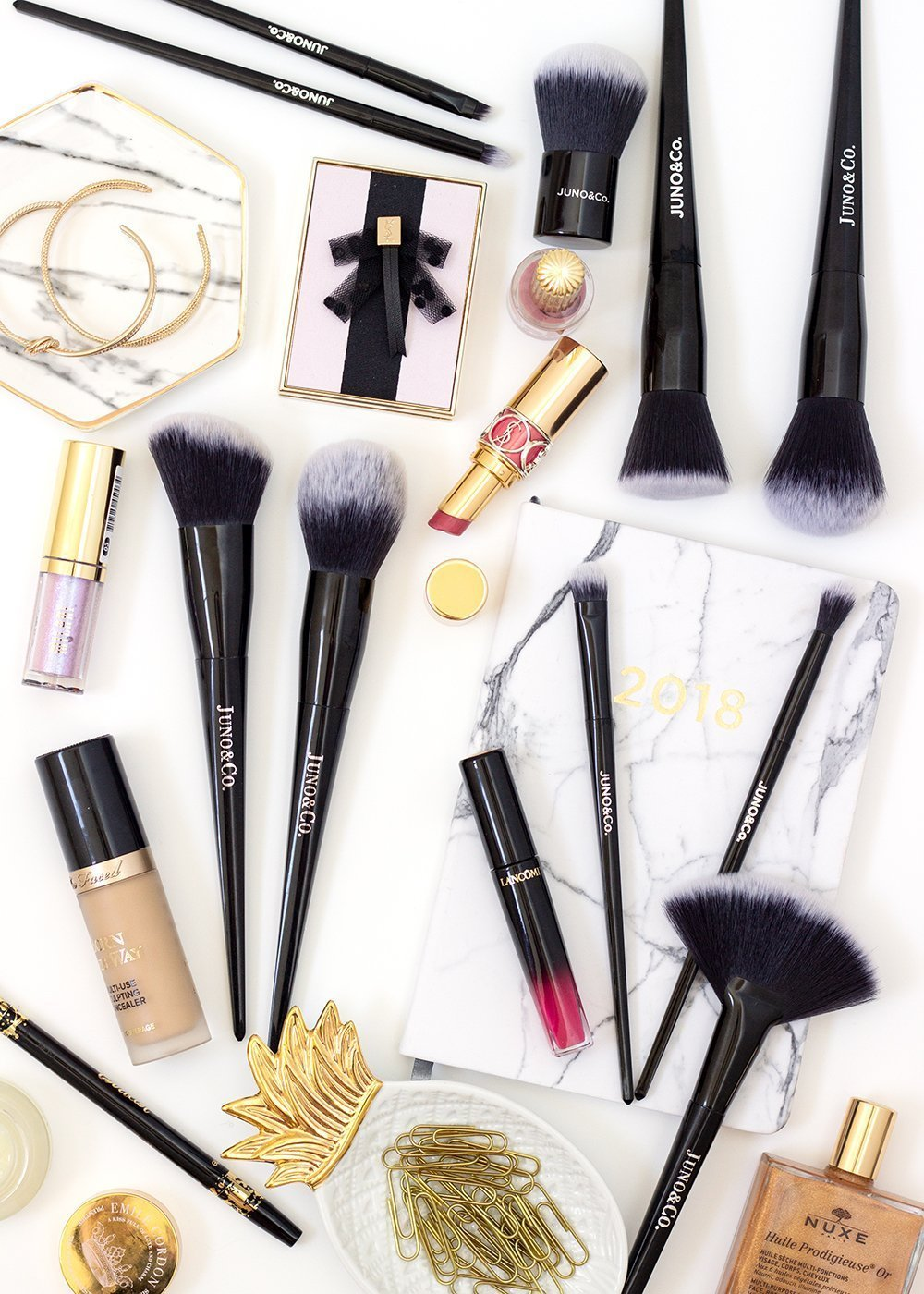 Juno & Co. makeup brushes