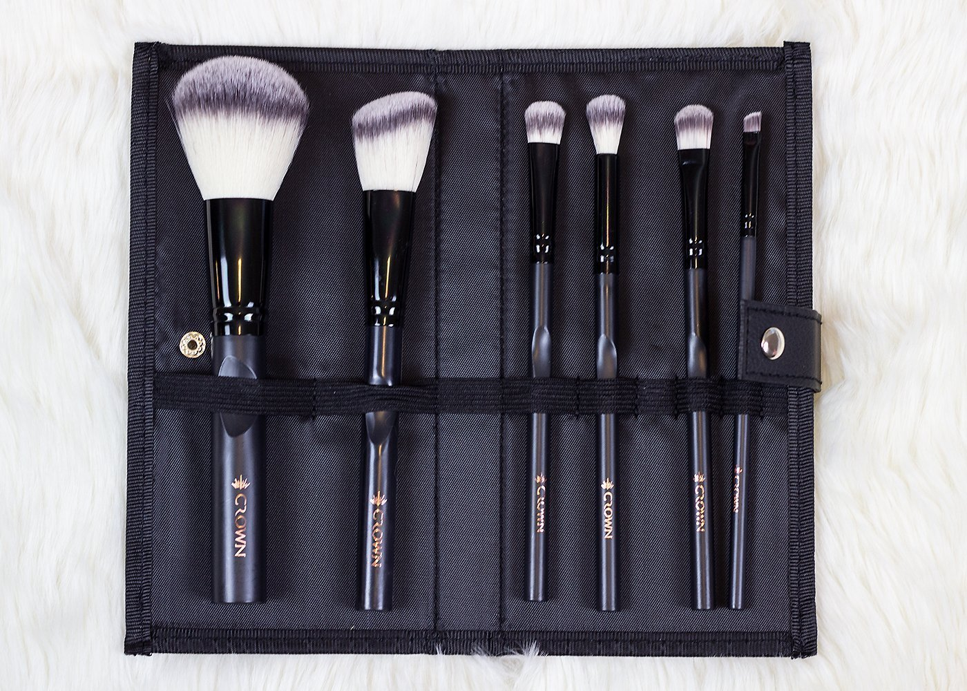 Fall 2018 FabFitFun: Crown Brush Set