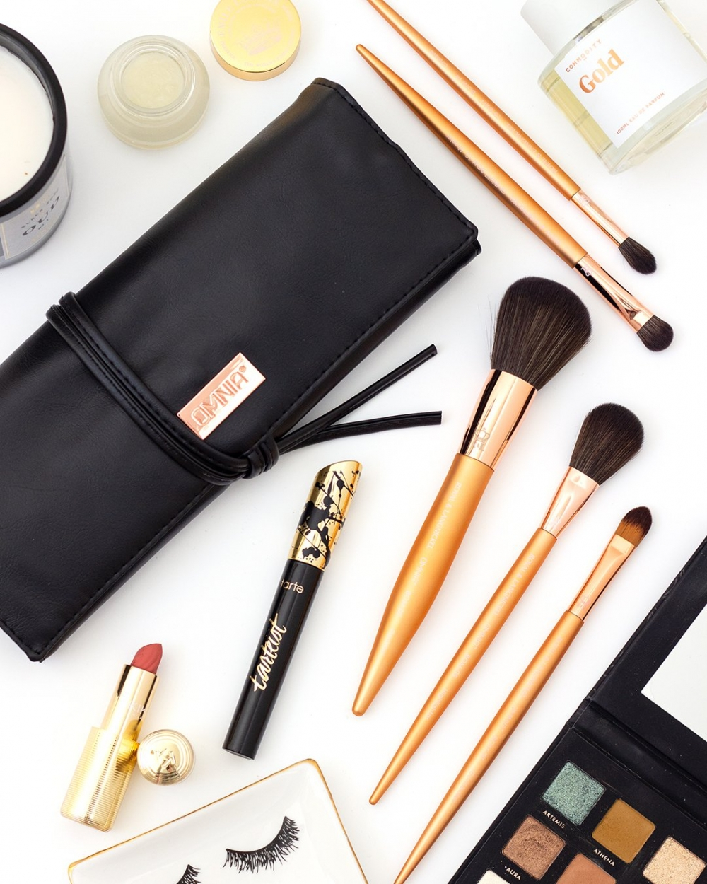 Shop the Omnia 13 Piece Rose Gold Brush Set (use code BLUSHINGBIRDIE to save 15%!)